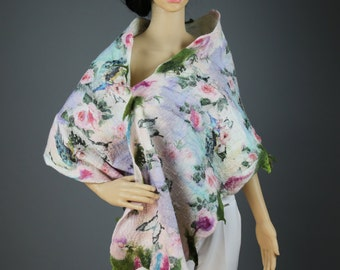 Spring Roses /  Handmade felted scarf /  Merino wool  / White / Pink / Green /  Handmade felted scarf / Wool Scarf / / Free shipping.