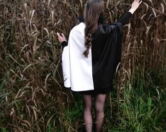 """Black&White cape """"Venice"""""""