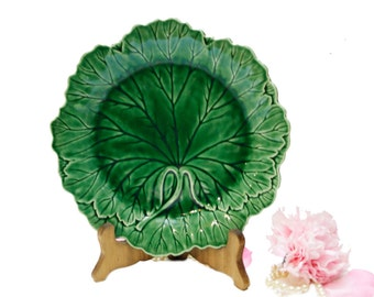 Vintage Wedgwood Majolica Grape Leaf Plate, English Majolica, Vintage Wall Decor, Housewarming Gift