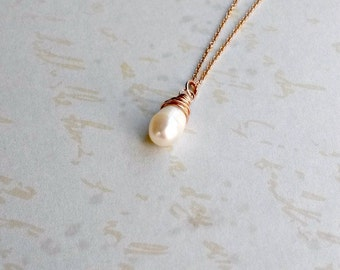 Rose Gold Pearl Necklace Freshwater Pearl Pendant Rose Gold Pendant Gift for Her