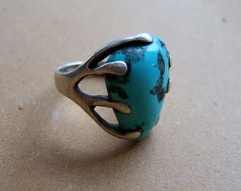 Large Turquoise Gemstone in Silver Casting Ring
