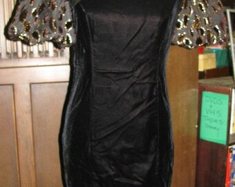 New Years Eve 1980's Black Velvet Dynasty Evening Dress, Party Dress, Halloween Costume, Elegant Evening Wear Size 4, Jessica Howard Petite