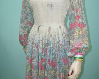 1960s Border Print Dress . Vintage Full Skirt Flowers & Butterfly Print Dress with Full Sleeves . Ribbon Trim . Medium