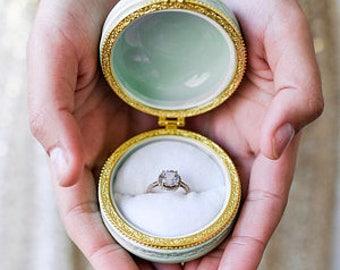 Proposal ring box, wedding ring box, macaron ring box, ring holder romantic engagement ring holder pillbox, ceramic macaroon ring bearer box