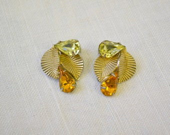 1940s Coro Rhinestone Clip Earrings