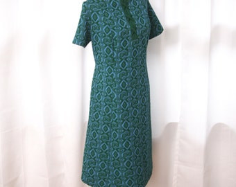 Mod Shift Dress, Blue and Green Graphic Pattern, Plus Size, Size 18 to 20