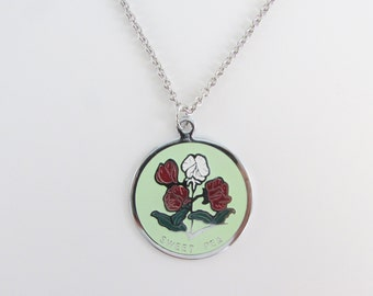 Darling Sweet Pea Enamel Pendant w/ Necklace - Vintage 1960s April Birthday Month Jewelry