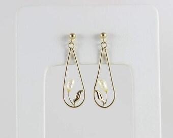 14k Yellow Gold Pearl Earrings Dangle Drop Earrings Flower and Leaf Design