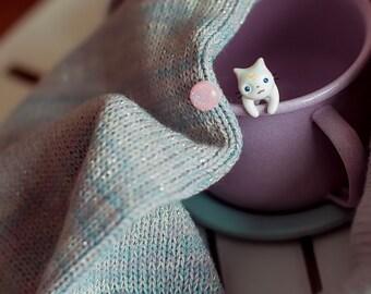 Artemis Cat Earring / Pink Glitter stud