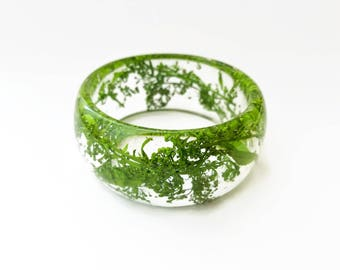 Real plant bangle, real flower bangle, real plant bracelet, flower bracelet, nature inspired bracelet, nature resin bangle, green bangle