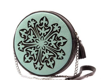 Round bag. mint green bag. crossbody bag. circle bag. crossbody purse. cross body bag shoulder bag. leather tote bag. mint green purse