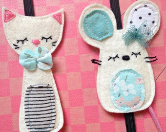 2 pcs bookmark with cat and mouse - hand embroidered, elastic bookmark - 2 pcs felt bookmark