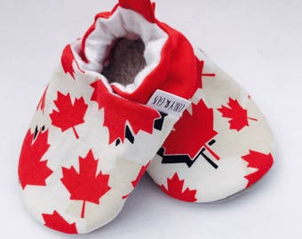Canada Baby Shoes, Patriotic Baby Shoes, Canada Day Baby Slippers, Soft Sole Baby Shoes, Gender Neutral, Baby Moccasins, Baby Booties