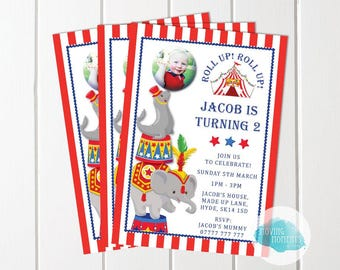 Personalised Circus Themed Birthday Invitations with Envelopes