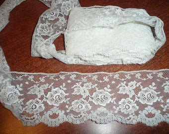 "7 Yards 16"" White Color 3 1/2"" Flat Lace Trim"