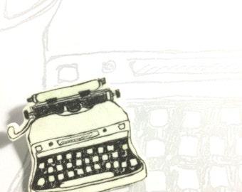 Vintage Typewriter Brooch
