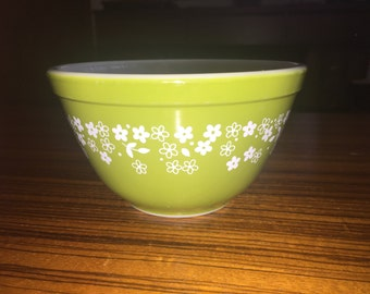 Pyrex Spring Blossom 401 small mixing bowl