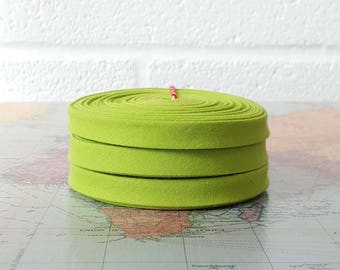 "1/2"" double fold Bias Tape - Kona Cotton Chartreuse kona cotton green 100% cotton 1/2"" double fold binding - by the metre UK"