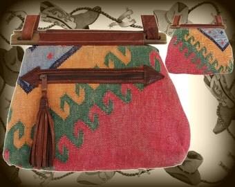 Vintage Western / Southwestern Style Purse / Cowgirl Shoulder Bag, Aztec Design, Fabric & Leather