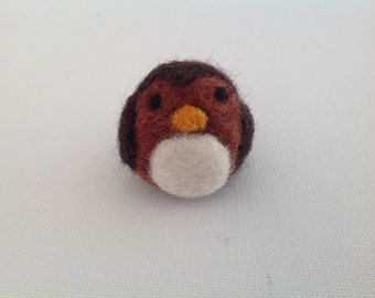 Felted birds Felted Sparrow Felted nature Felted wildlife Needle felted art Felted animals Spring birds Felting crafts Bird collectibles