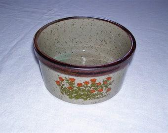 Takahashi Bowl  Takahashi Casserole  Oven to Table  1 pt Casserole Vintage