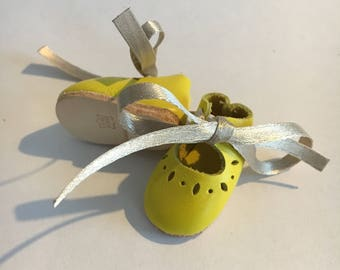 Doll shoes with eyelets 4x2 cm genuine leather YELLOW