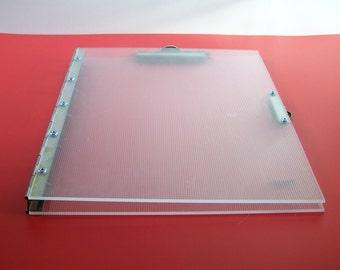 Porte-bloc, écritoire, tablette en acrylique avec  2 pinces  MAWA Design 1980