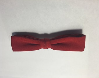 SALE SALE SALE Vintage 50s bow tie/ vintage clip on bow tie / 1940s 1950s 1960s bow tie / bright red bowtie