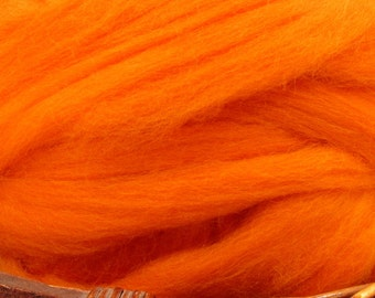 Dyed Corriedale Natural Spinning Fiber Wool Top Roving / 1oz - Clementine