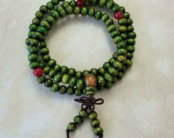 Sandalwood Wrist Mala 108 Beads Elastic Bracelet 20 Inches Green
