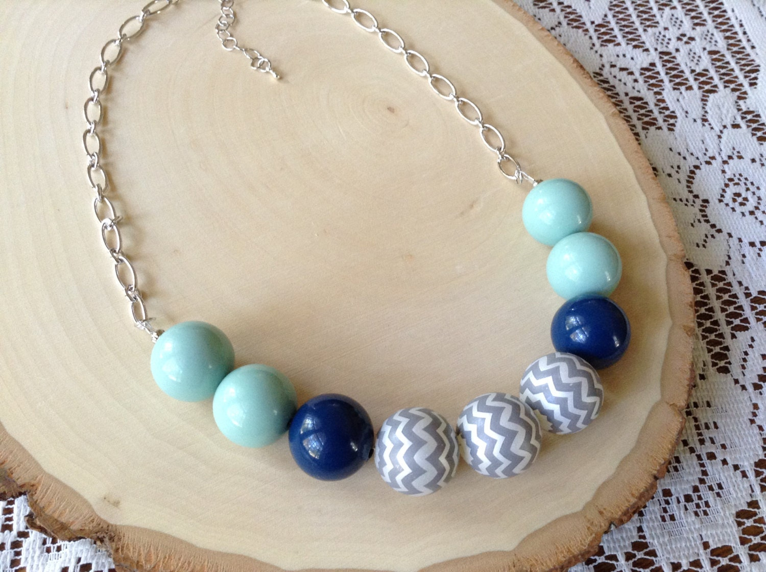 chunky beaded necklace gumball gray chevron necklace