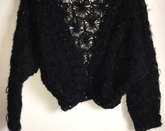 Rare vintage batwing mohair spiderweb weaved bolero sweater!