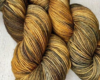 Indie dyed sock yarn, superwash BFL and nylon, 100g 464 yards.  Hand dyed for your knitting, crocheting and weaving projects.
