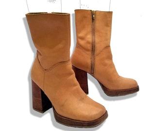 Tan 90s platform candies boots