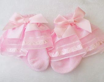 Baby girl frilly lace ankle socks with satin bows party christening