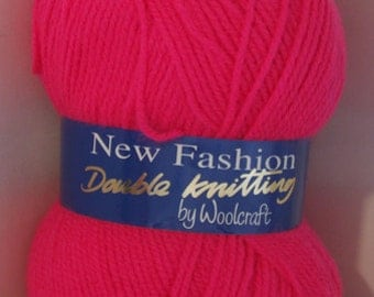 Knitting yarn neon pink dk double knit New Fashion from Woolcraft affordable yarns 100 g per ball colour code 733 (fiesta)