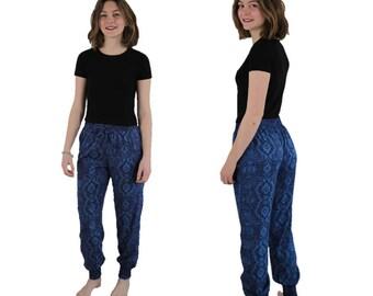 Blue pant with elastic belt