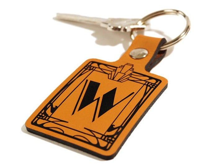 "GIFT KEYRING – Initial ""W"" Key Fob – Laser Engraved Leather Keychain"