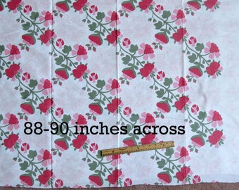 Floral, Cheater Applique Quilt Top, Quilt Fabric, Extra Wide Fabric, 88 Inches Wide,  Floral Quilt Fabric, Quick Quilt, Easy Quilt
