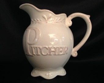 D'Moda Italy Design Romance Collection Pitcher/Italian Pottery/D'Moda Ceramic/Romance Collection/D'Moda Romance Collection/Beige Pitcher
