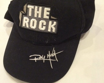Vintage wwf the rock snapback hat raw is war boys toddlers small 90s wrestling