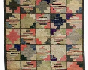 ON SALE 20% Off 3,1' X 5.2' ( 94cm X 158cm) handmade antique geometric square American hooked rug 1880