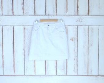 Vintage Christopher and Banks white stretch jean denim skorts/white denim short skirt/denim shorts/4