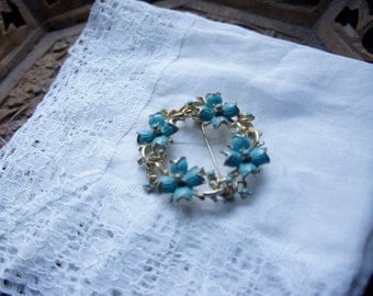 Vintage Costume Jewellery Brooch Blue Flowers On Gold Metal Wreath Gift
