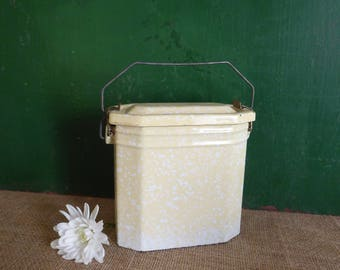 French Vintage Canteen, Lunch box, Lunch Pail, Enamelware, Cream, Vintage French, French Country, Kitchenalia, Graniteware, 1950's, Vase
