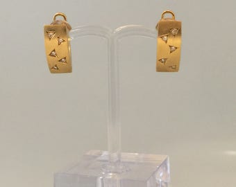 18K Yellow Gold and Diamond Vintage Earrings.