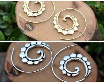 Golden small earrings, Silver Earrings, Hoop spiral earrings, Boho chic, Lotto Flower earrings, Vintage alternative, Spirals for the ears