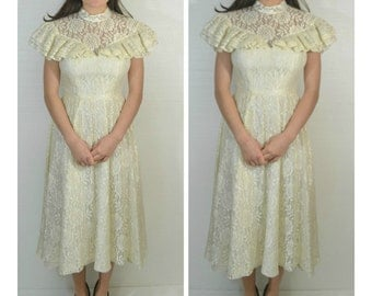 50% OFF everything in shop--- Candi Jones California Lace White Gunne Sax Style Prairie Dress Size 7