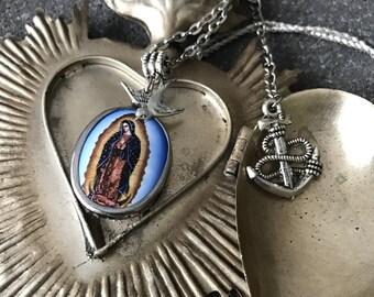 Religious pendant - swallow - bondieuserie - rockabilly necklace
