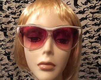 Vintage Taiwan ROC Sunglasses Womens Eyewear Designer Sunglasses Hipster Retro Ambervision Festival Boho Hippie Oversized Sunnies
